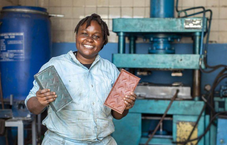 Nzambi Matee game changer plastica riciclo