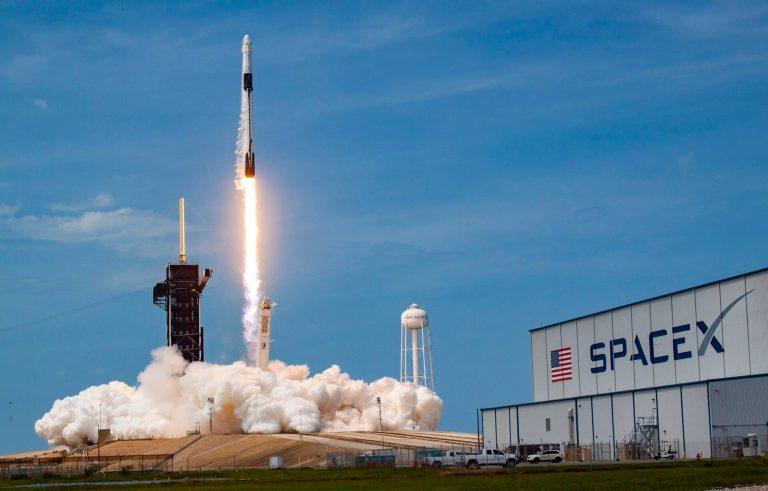 NASA, astronauti nello spazio con SpaceX